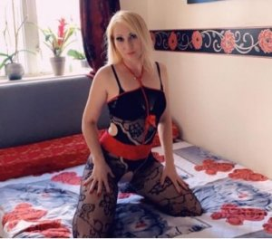 Emilianne european escorts Quesnel