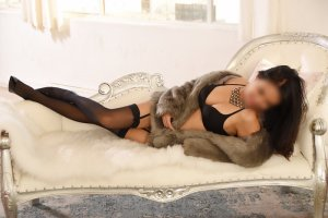 Delie massage escorts in West Perrine, FL